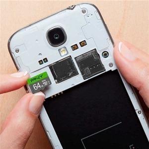Tarjeta de Memoria Micro SD con Adaptador PNY 64 GB 100 mb/s