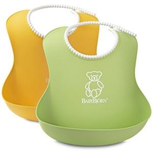 2 Baberos Babybjorn Suaves: 1 Verde y 1 Amarillo